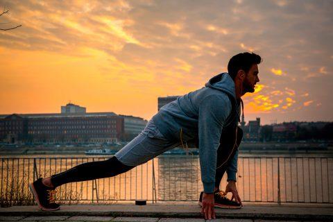 Estirar después de correr, otra parte clave del entrenamiento